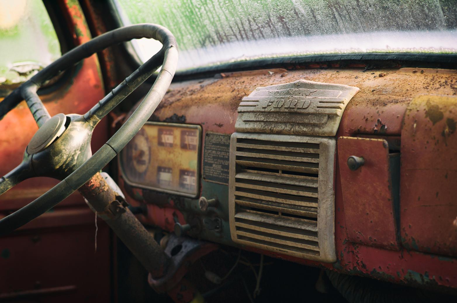 ford-interior-lr
